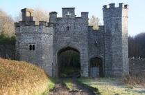 castle gatehose