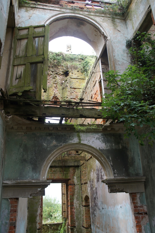 Crumbling Iscoed